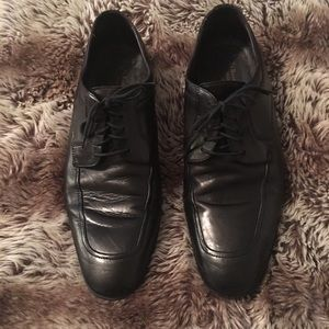Beautiful 'To Boot New York' men's dress shoes